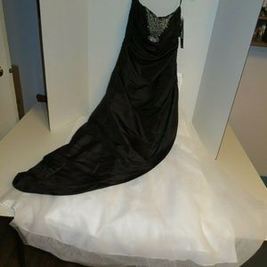 Jump Apparel Black and White Homecoming Gown